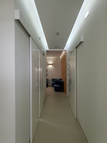 Dental clinic hall